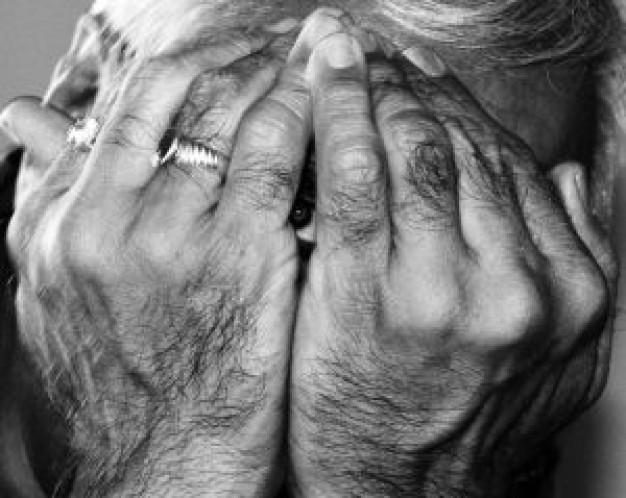 El riesgo de ceguera aumenta en fumadores
