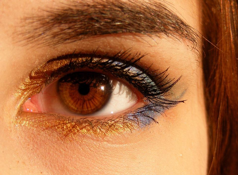 Mitos y realidades sobre sus ojos