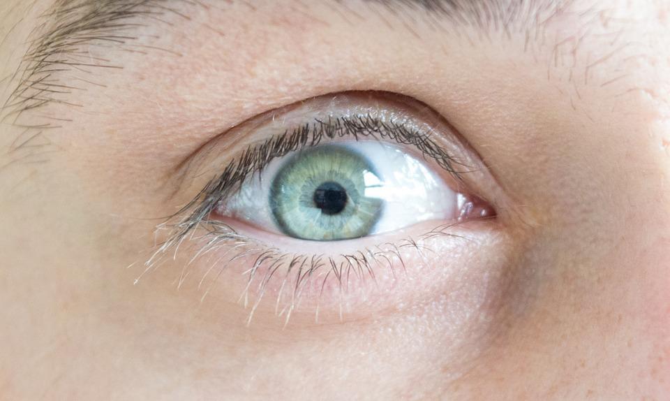 Mantén la higiene para tus ojos